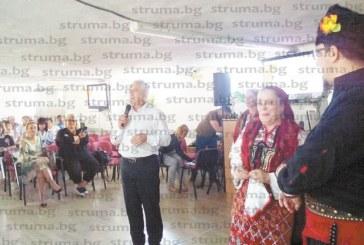 Началникът на РУО Ивайло Златанов към директорите на училищата в Пиринско: 186 учители в пенсионна възраст продължават да заемат местата, защо 186 млади хора да не започнат работа?