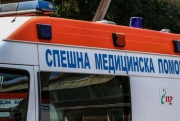 Мъж оцеля след като го блъсна влак
