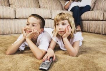 Учени посочиха какво децата трябва да правят по-малко от 2 часа на ден, за да не увредят мозъка си
