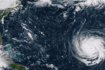 """Ураганът """"Флорънс"""" все по-близо! Стихията удря САЩ днес"""