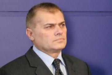 Братът на депутата от БСП е напуснал страната легално
