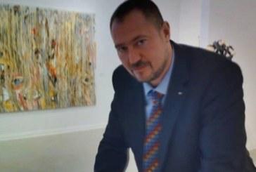 Задържаха шефа на Агенцията за българите в чужбина