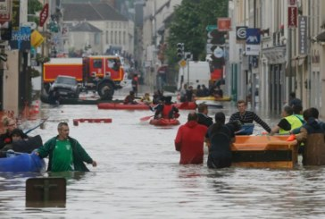 Порои удавиха Франция, петима загинаха