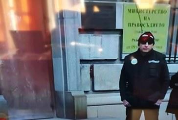 20 арестувани служители заедно с шефа на Агенцията за българите в чужбина