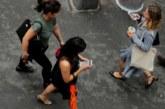 100 лв. глоба за пешеходци с телефон на зебра