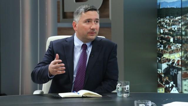 Обвиниха Иво Прокопиев в пране на пари