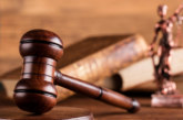 Разложани си признаха кражба и отърваха затвора