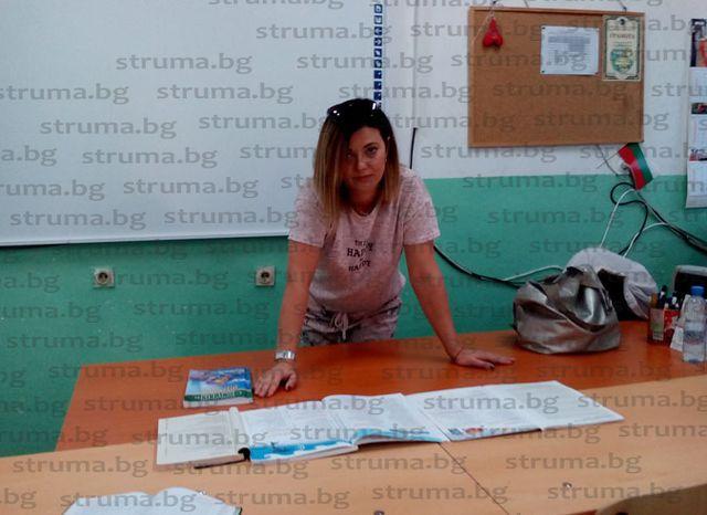Педагози и родители в шок от поредния експеримент на МОН! Учители: За 2 г. настоящите деветокласници трябва да изучат материала за 3 г.