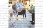 Ресторантьор от Сандански изненада съпругата си с лека кола, подарък за рождения ден
