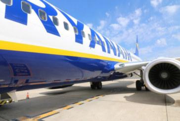 Снимка на екипаж на самолет потресе и възмути мрежата