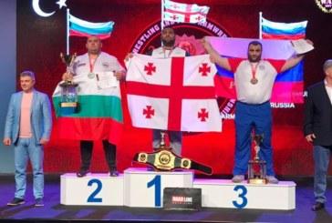 176-кг банскалия Г. Цветков вдигна температура, но и огромна купа на световното по канадска борба в Турция