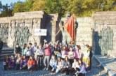 Ученици от I ОУ в Гоце Делчев вървяха 5 км по стъпките на Самуиловите воини, взеха проби от водата на Рупите