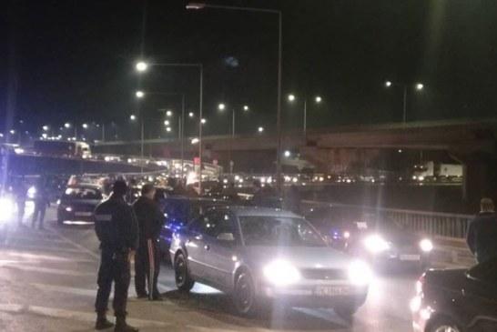 """3 жандармерийски автомобила окупираха АМ """"Струма"""""""