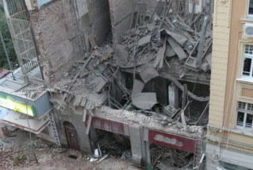 """Оправдаха обвинените за рухналата сграда на """"Алабин"""" в София, която погуби две млади жени"""