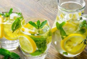 4 мита за ползите от лимоновата вода