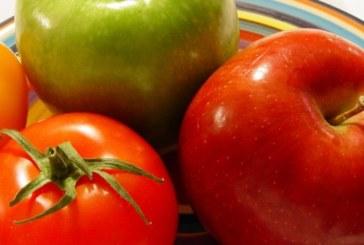 Токсиколози предупреждават: Лепкавите плодове и зеленчуци бъкани с дифенол