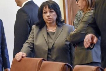 Линейка хвърча за Теменужка Петкова в министерството
