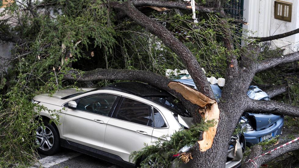 Бурите в Италия нанесоха големи щети