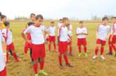 """Децата на """"Вихрен"""" остават на върха след равенство с """"Мечетата"""", дебнат ги малки комити и микревски таланти"""