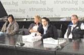 """ГОРЕЩИ ЕМОЦИИ НА ТЪРГ ЗА ОБЩИНСКИ ИМОТИ В БЛАГОЕВГРАД! Цветарка с рекорд 550 лв./кв.м изхвърли конкурентите от ул. """"Илинден"""", сложи ръка на 5 от 6-те павилиона"""
