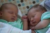 Няма да повярвате какво правят близнаците преди да се родят