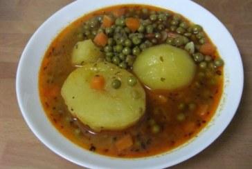 Яхния с грах и картофи