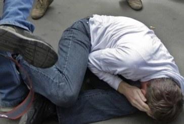 Брутална агресия! Шестима тийнейджъри пребиха жестоко ученик