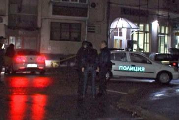 Стрелба в София! Мъж лежи в локва кръв
