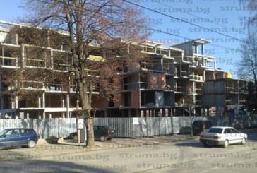 """Огромни хотели """"никнат като гъби"""" в Сапарева баня, местните се опасяват градчето да не се презастрои като Банско"""