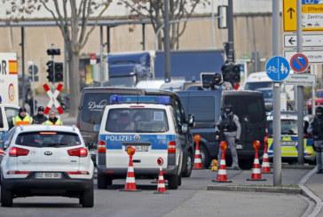 Тялото на нападателя от Страсбург бе погребано при пълна анонимност