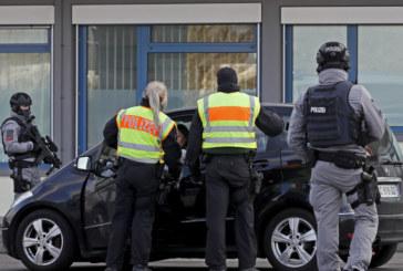 Германската полиция задържа мъжа, заподозрян за три нападения с нож срещу жени