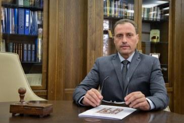 Джипът на кмета Г. Икономов пламна пред фамилната къща, разследват палеж