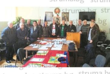 Граничарите от запаса оглеждат стоматолога д-р В. Арабаджиев за кмет на Благоевград, в Симитли подкрепят Ап. Апостолов