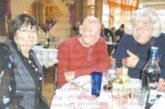 Руснак долетя от Италия на гости при сестра си в Дупница и му се падна паричката от коледната питка