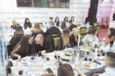 Студенти от няколко ВУЗ-а празнуваха на общ дансинг без претенции за стила музика