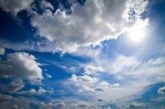 Променлива облачност и слаб вятър днес