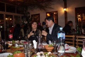 Кюстендилци се изнасят в Македония за празниците, срещу 50 евро куверт в заведение в Крива паланка получават ядене и пиене без ограничение