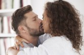 Как да накараме мъжа да се влюби според зодията му