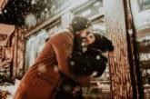Светът отбелязва Международния ден на прегръдката