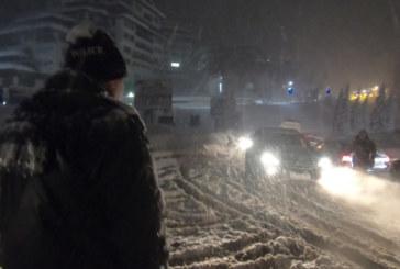 Тежка обстановка в Родопите заради силния сняг