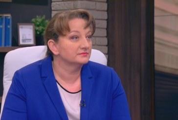 Деница Сачева: Има сигнали, че Ангел Ангелов е опитвал да заплашва директор в МОН