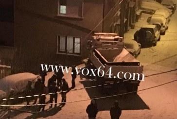Снегорин се заби в стълб в Сандански