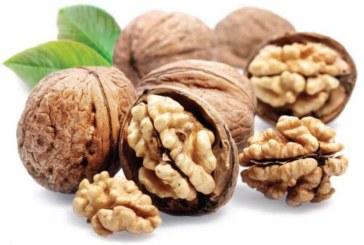 Изяжте шепа орехи и изчакайте 4 часа: Ето какво ще стане с тялото ви!