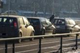 Три коли във верижен сблъсък в Благоевград