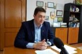 Петричкият кмет Д. Бръчков спря кранчето на фирмата, от която си доведе за гл. архитект Вл. Митрев, покани за надзорник на музея сина на бившето партийно величие на БКП Пенчо Кубадински