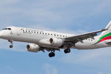 """Самолет на """"България ер"""" кацна аварийно във Виена"""
