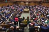 Британските депутати отхвърлиха няколко предложения за отлагане на Brexit