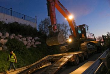 Спасителите в Испания се надяват до 35 часа да достигнат до детето, заклещено в шахта