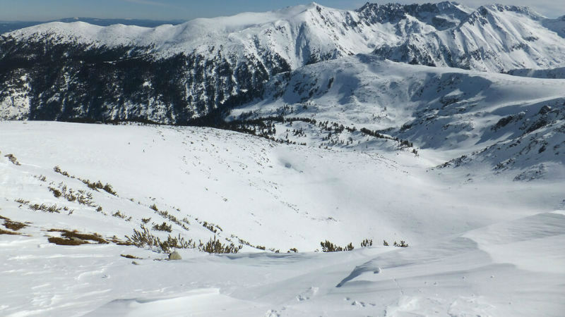 200 деца блокирани на ски писта Кулиното