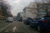 Нещо се случва в Благоевград! 10 коли на жандармерията са строени пред полицията